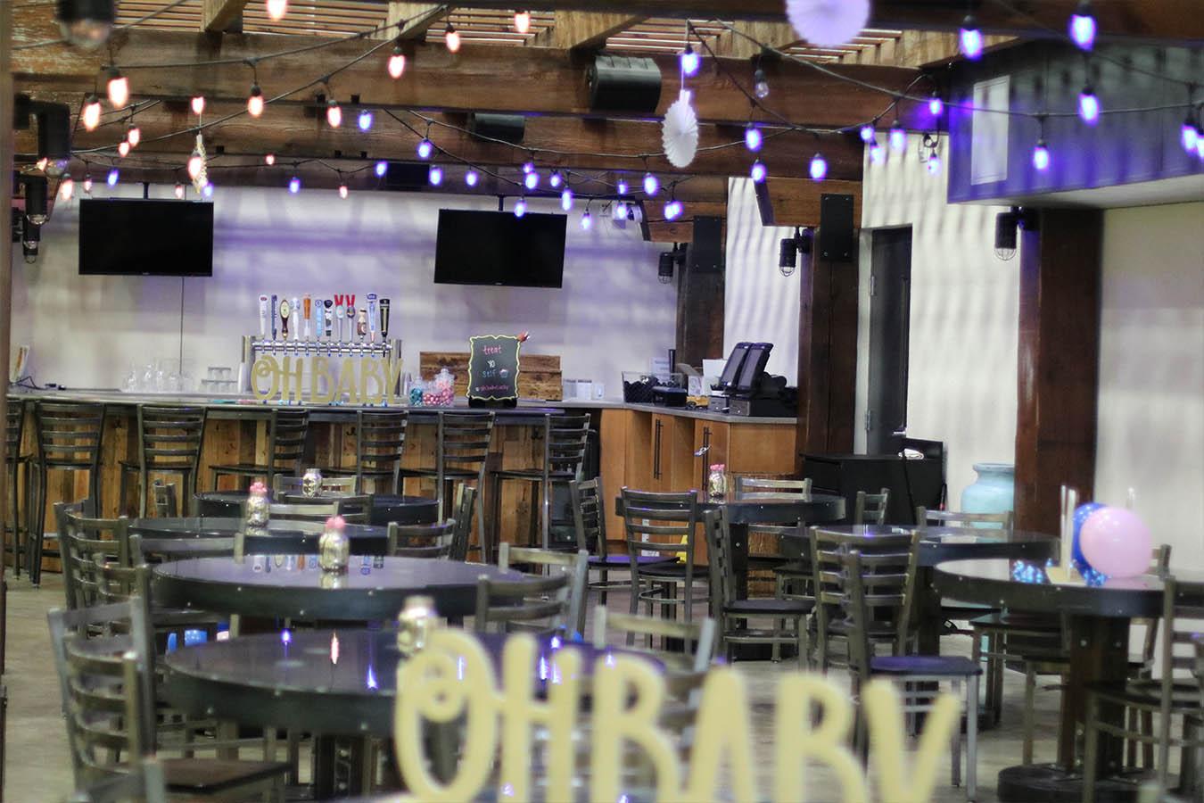 Atrium Bar 3